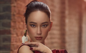 """Người đẹp """"Hoa hậu Việt Nam"""" Ái Nhi khoe vẻ gợi cảm giữa trời lạnh giá"""