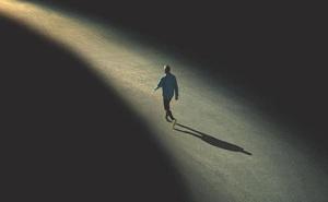 Sự thật xã hội đau lòng nhất của thế giới người lớn: Không phải sự chân thành nào cũng có thể đổi lấy tình cảm