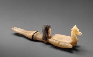 Đỉnh cao chế tác thời Ai Cập cổ đại: Đồ đựng mỹ phẩm cũng tinh xảo đến mê hồn!