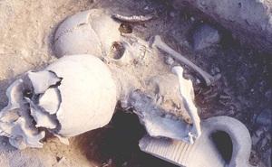 Hộp sọ chiến binh thế kỷ 14 được tìm thấy với sợi chỉ vàng bên trong, các chuyên gia thốt lên: Kỹ thuật rất cao siêu!