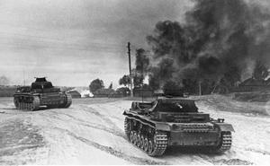 Chiến tranh chớp nhoáng của Đức Quốc xã đã bị chặn đứng ở thành Moscow 1941 như thế nào?