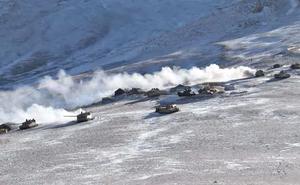 Tốc độ rút quân của TQ tại hồ Pangong khiến Ấn Độ kinh ngạc, báo Ấn thốt lên: Đó là nghệ thuật quân sự!