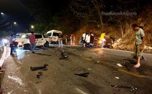 Tai nạn liên hoàn giữa 6 ô tô, 1 xe máy trên đèo Bảo Lộc: Có hai người kịp thời vứt xe máy bỏ chạy