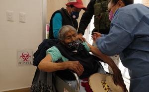 Vì sao Mexico tiêm chủng Covid-19 cho giáo viên trước y bác sĩ, vùng sâu trước thành thị?