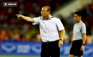 """Tiết lộ """"trò bẩn"""" của đối thủ Tây Á, cựu HLV U19 Việt Nam cảnh báo thầy trò ông Park"""