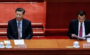 2 cốc trà trên bàn ông Tập: điểm khác thường trong phiên họp Quốc hội hé lộ về tình hình TQ?
