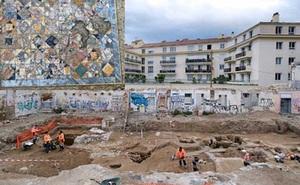 Xây nhà, đào được 2 mê cung kho báu 1.900 năm tuổi