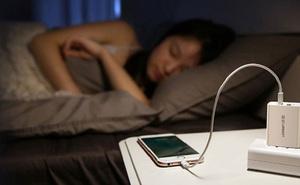 Apple chính thức lên tiếng trả lời câu hỏi: 'Có nên sạc pin iPhone qua đêm hay không?'