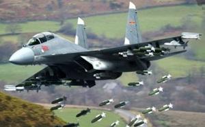 """Phi công Trung Quốc huênh hoang: Máy bay chiến đấu J-16 của nước này """"đè bẹp"""" Su-30 Nga!"""