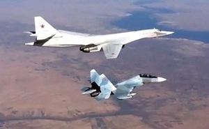 Nga điều oanh tạc cơ áp sát không phận NATO