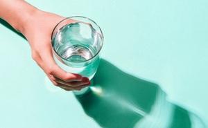 10 hậu quả của việc không uống đủ nước khiến bạn giật mình: 5 mẹo để uống nhiều nước hơn