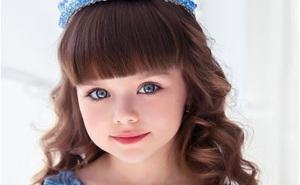 """Bất ngờ chuyện học hành của cô bé người Nga từng được ngợi ca là """"đẹp nhất thế giới"""""""