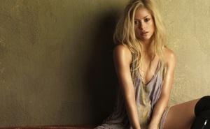 Chờ đấu Barca, fan quá khích của PSG xúc phạm thậm tệ nữ ca sĩ Shakira
