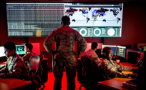 """NYT: Mỹ sắp tung đòn trả đũa """"vô hình"""" nhằm vào Nga trong vòng 3 tuần tới - Moskva nói gì?"""