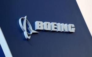 """Lo sợ làn sóng tẩy chay ở Trung Quốc, Boeing khẩn thiết kêu gọi Mỹ """"chuyện nào ra chuyện ấy""""?"""