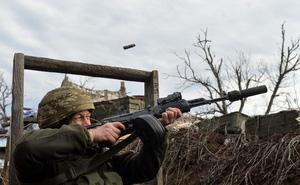 Anh ráo riết truy lùng đặc vụ Nga ở Donbass: Tiếp ứng Ukraine chặn đòn tấn công từ Moscow