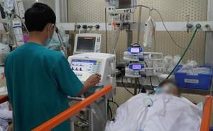"""Hơn 2 giờ """"sinh tử"""" cứu sống bệnh nhân ngưng tim vì bị dao đâm xuyên ngực"""
