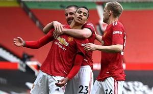 """""""Truyền nhân Van Persie"""" lập công, cánh cửa vô địch Premier League lại mở ra với Man United"""