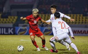 Sau trận thua đau, tuyển thủ quốc gia Việt Nam đăng trạng thái lạ lên mạng xã hội