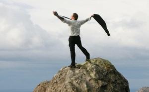 """Người tốt số thật sự sẽ được 3 thứ """"chống lưng"""", có 1 thôi cũng đã đủ may mắn: Dựa vào núi, ắt núi lở, chỉ có dựa vào bản thân mới nắm giữ vận mệnh"""