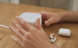'Máy giặt AirPods' - Thiết bị dễ thương giúp chiếc tai nghe không còn là nỗi ám ảnh