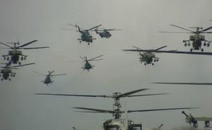 Cận cảnh dàn trực thăng Nga diễn tập chuẩn bị cho lễ duyệt binh Ngày Chiến thắng