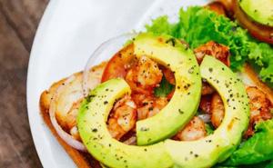 Bảo vệ sức khỏe giữa đại dịch từ thói quen ăn uống
