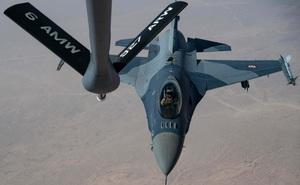 """Iraq bị Mỹ chơi một vố đau đớn: Toàn bộ phi đội máy bay chiến đấu F-16 """"đắp chiếu""""!"""