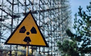 """""""Như than hồng trong lò nướng"""": Phản ứng âm ỉ sâu bên trong Chernobyl khiến giới khoa học lo lắng"""