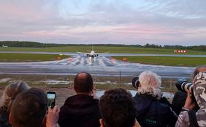 """EU muốn """"đóng cửa"""" không phận Belarus, trả đũa vụ MiG-29 ép máy bay hạ cánh để bắt người"""