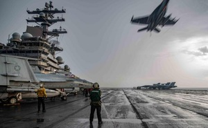 """Điều tàu sân bay duy nhất ở châu Á tới Trung Đông, Mỹ để lại """"khoảng trống"""" quân sự lớn"""