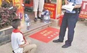 Mẹ bị phê bình vì nhờ cảnh sát dọa dẫm con trai