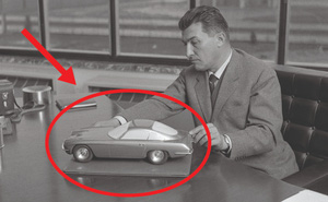 """Ferrari 'đổ dầu vào vạc lửa' Lamborghini: """"Ông là một tên lái máy kéo, đừng cằn nhằn về xe của tôi!"""""""