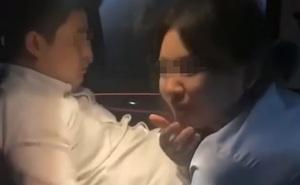 """Bắt tại trận cảnh bạn trai đang """"quan hệ"""" với cấp dưới trong xe ô tô, cô gái phát trực tiếp những gì đập vào mắt lên mạng xã hội"""