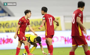 Quan chức LĐBĐ Malaysia nói về quả 11m của Văn Toàn, thừa nhận cầu thủ nhà có phần lỗi