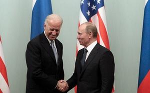 """TT Biden họp báo riêng sau thượng đỉnh, báo Nga bình luận: Tránh bị Putin """"dẫn dắt"""""""