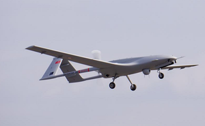 Ukraine đe dọa quân đội Nga bằng UAV Bayraktar TB2