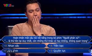 Việt Anh rơi nước mắt khi nhận câu hỏi liên quan tới cố NSND Hoàng Dũng trong Ai là triệu phú
