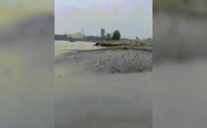 Video: Bí ẩn khoảng đất tự trồi lên khỏi mặt nước