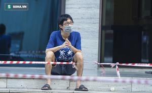 """Vào Trung tâm thương mại mua hàng, ra cửa thấy toà nhà bị phong toả khiến nam thanh niên """"ngỡ ngàng"""""""