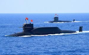 Tàu ngầm Trung Quốc bất ngờ nổi lên ngay giữa hàng loạt tàu chiến Mỹ: Chuyên gia sốc!
