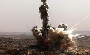 Máy bay Thổ không kích lực lượng Nga, tên lửa đánh trúng mục tiêu