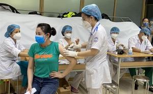 Thực hư thông tin nữ nhân viên ngân hàng mắc Covid-19 ở Hà Nội 'dẫn đoàn 2.000 người đi tiêm vaccine'