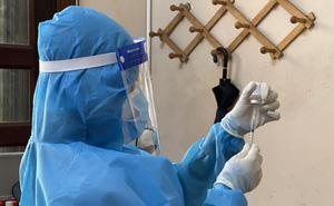 Cập nhật mới nhất về tiến độ tiêm vắc xin Covid-19 tại một số quận, huyện của TP HCM