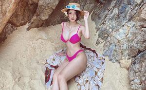 Vũ Thị Anh Thư tung hình bikini, khoe vóc dáng nóng bỏng
