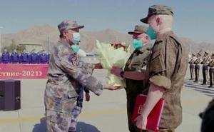 Trung Quốc đón binh sĩ Nga, lần đầu tiên tập trận song phương ở đại lục