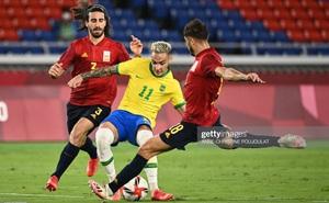 """Brazil 2-1 Tây Ban Nha: Malcom """"tốc biến"""" ghi bàn quyết định cho Brazil"""