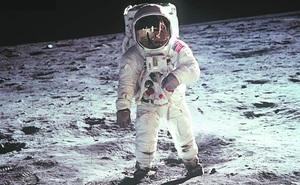 Điều gì sẽ xảy ra nếu nổ súng trong không gian? Chuyên gia: Việc đầu tiên là phải rời khỏi vị trí cũ!