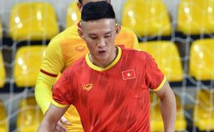 Cầu thủ futsal Việt Nam đá World Cup để lo cho cha chữa bệnh hiểm nghèo