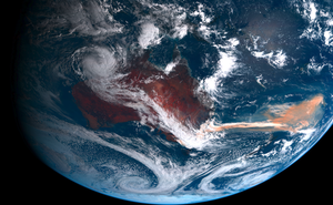 Khói từ vụ cháy rừng lịch sử tại Úc cung cấp dinh dưỡng cho Thái Bình Dương, tạo ra mảng tảo rộng hơn cả bề ngang nước Úc